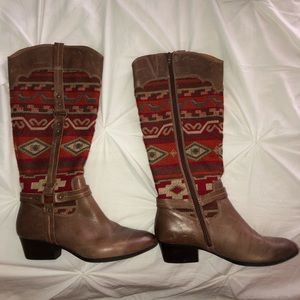 Aztec patterned boots!
